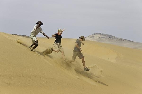 serra-cafema-skeleton-coast-sand-dunes-namibia