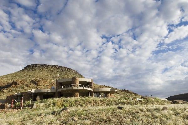sossusvlei-desert-lodge-lodge-exterior-namibia
