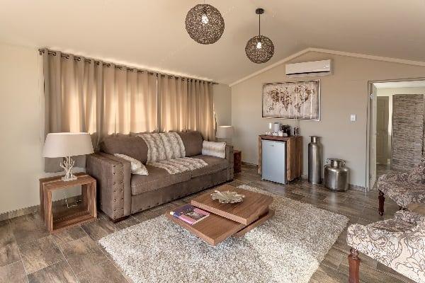 sossusvlei-lodge-lounge-namibia