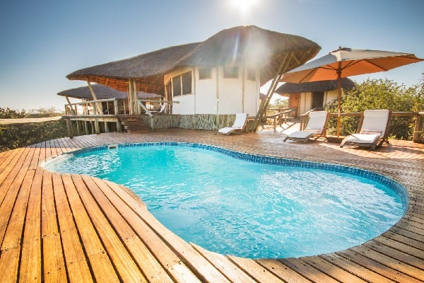 tau-pan-camp-pool-kalahari-botswana