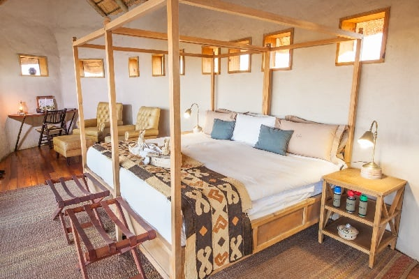 tau-pan-camp-room-interior-kalahari-botswana