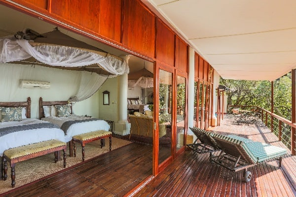 the-river-club-room-interior-zambia