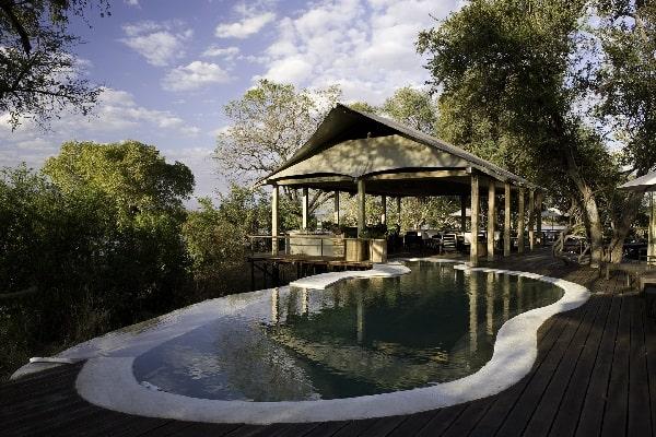 toka-leya-camp-pool-mosi-oa-tunya-zambia