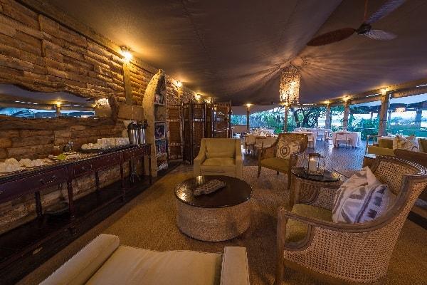 toka-leya-lounge-mosi-oa-tunya-zambia