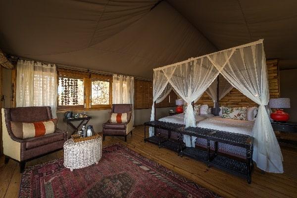 toka-leya-room-interior-mosi-oa-tunya-zambia