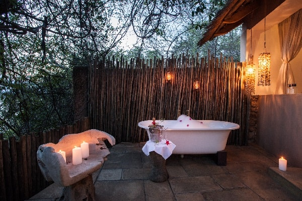 tongabezi-bathroom-zambia