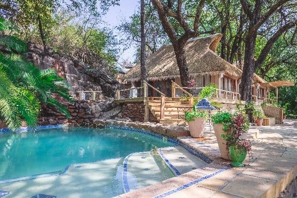 tongabezi-exterior-zambia