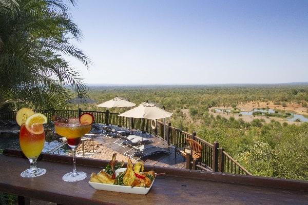 vic-falls-safari-lodge-bar-zimbabwe