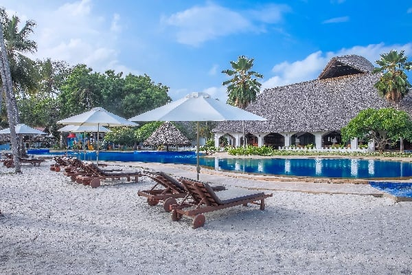zanzibar-beach-resort-pool-view-zanzibar