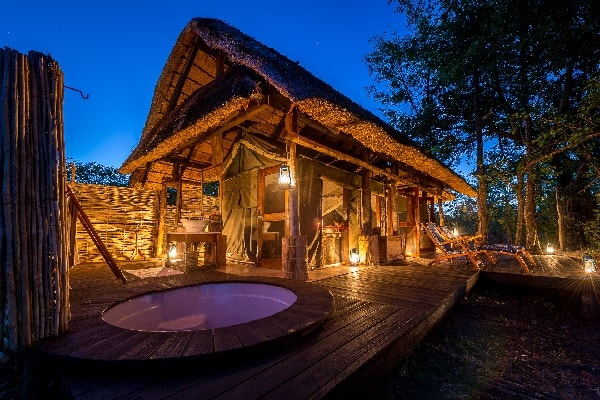 zungulila-room-south-luangwa-zambia